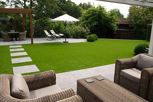 Gras In Tuin : Zo heb je het perfecte gras in de tuin u coolesuggesties